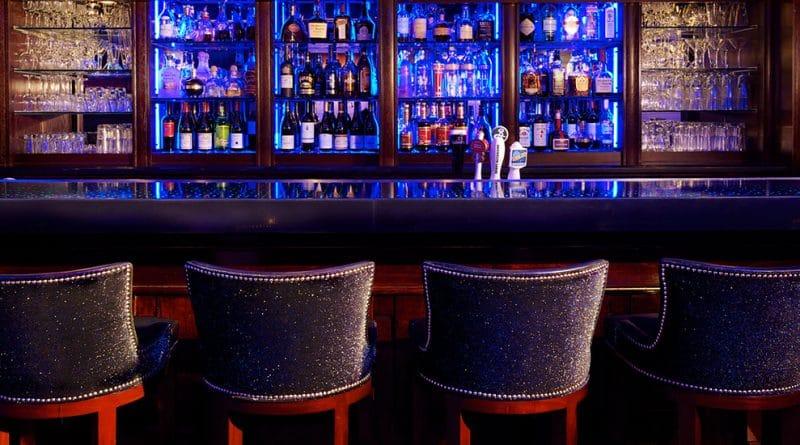 De 10 beste hotelbars ter wereld: #5, Blue Bar