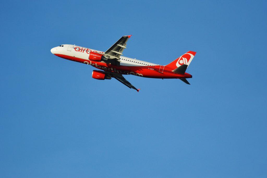 Ontwijk de Schiphol-drukte, vlieg vanaf grensluchthavens