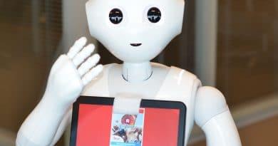 Robot helpt passagiers Brussels Airport tijdens zomermaanden