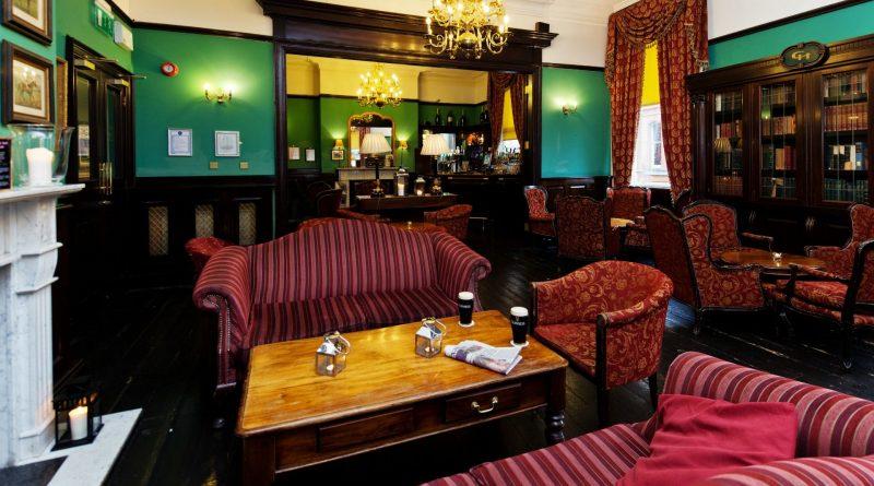 De 10 beste hotelbars ter wereld: #4, Library Bar