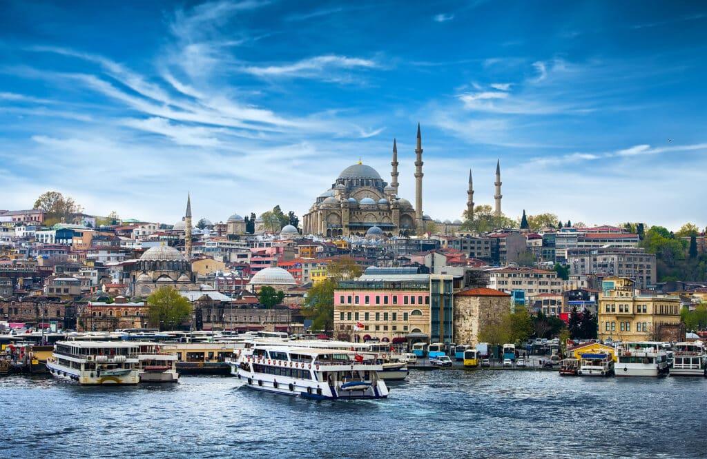 Reisadvies Turkije aangescherpt vanwege coupherdenking