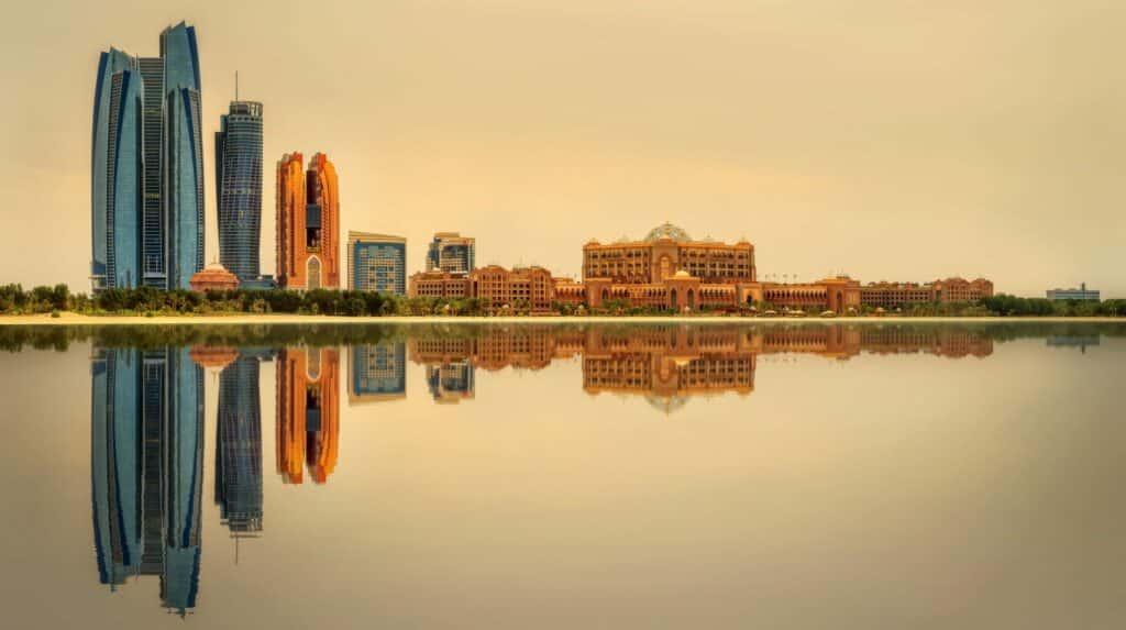 De extremen van de Arabische Emiraten
