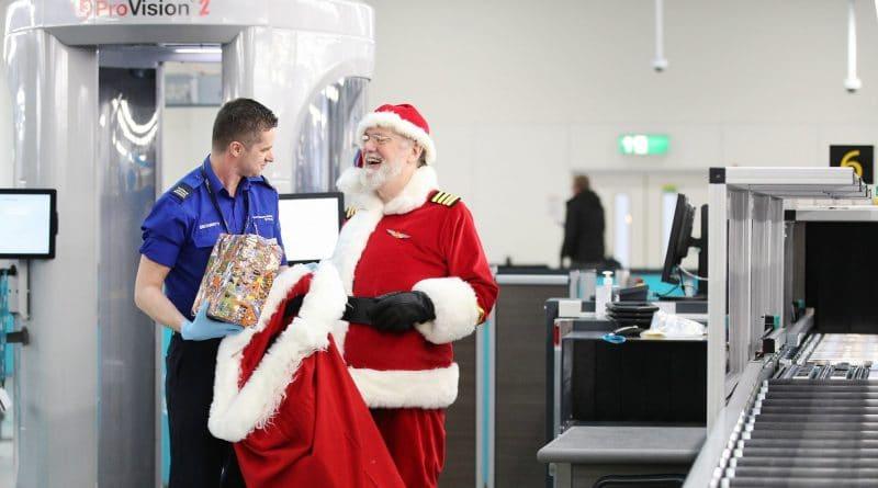 Video: kerstman vliegt mee met easyJet