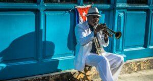 Riksja Travel laat reizigers hobbyen met locals in Cuba