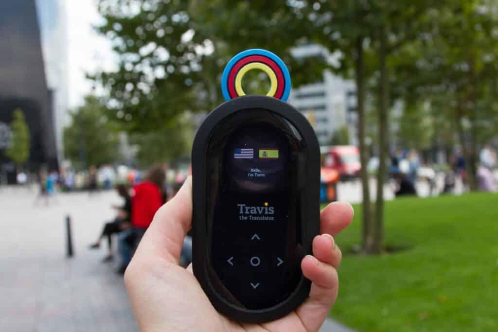 Deze gadget vertaalt 60 talen en is muziekversterker