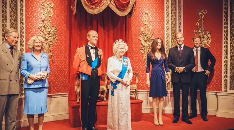 EasyJet: jaar gratis reizen voor koninklijke lookalike