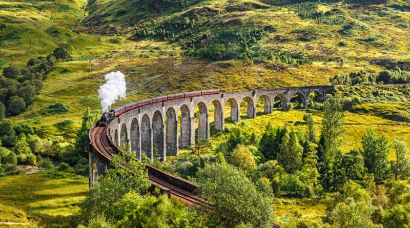 Lonely Planet leidt je langs de mooiste treinroutes