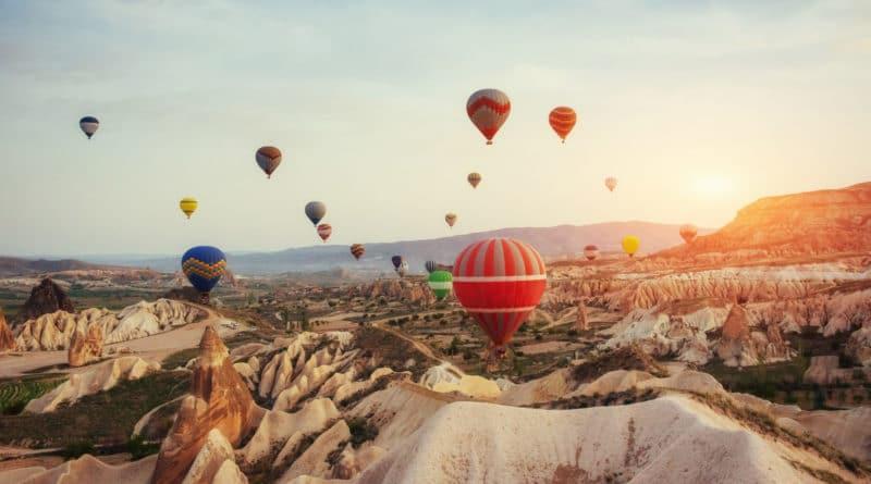 5x de beste plekken ter wereld voor een luchtballonvaart