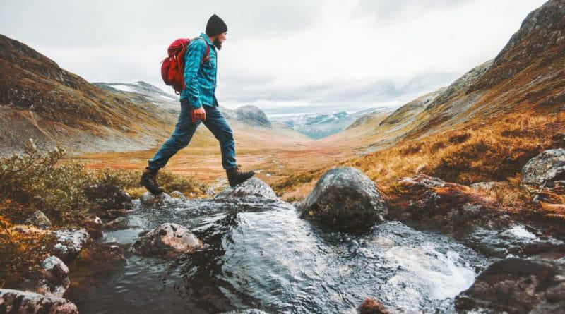 Makkelijker, goedkoper en duurzamer je kleding op reis wassen