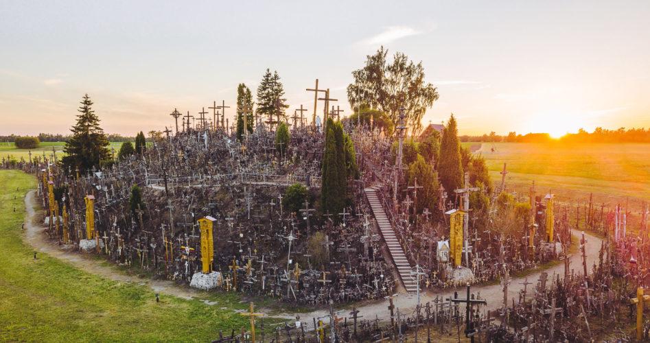 Griezelen op de 'Heuvel der Kruisen' in Litouwen