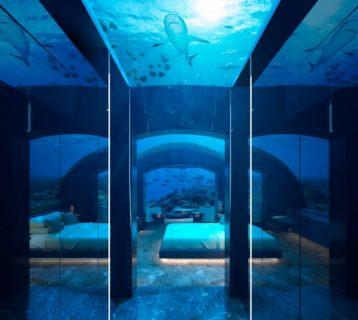 undersea-villa-corridor-1920x800-1