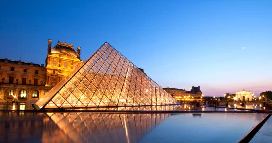 Eiffeltoren en het Louvre komende zaterdag dicht