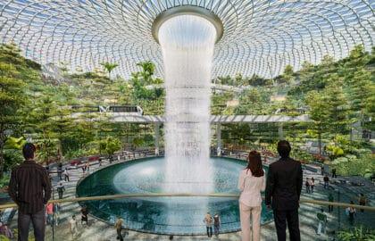 Check de beelden van het gloednieuwe Jewel Changi Airport