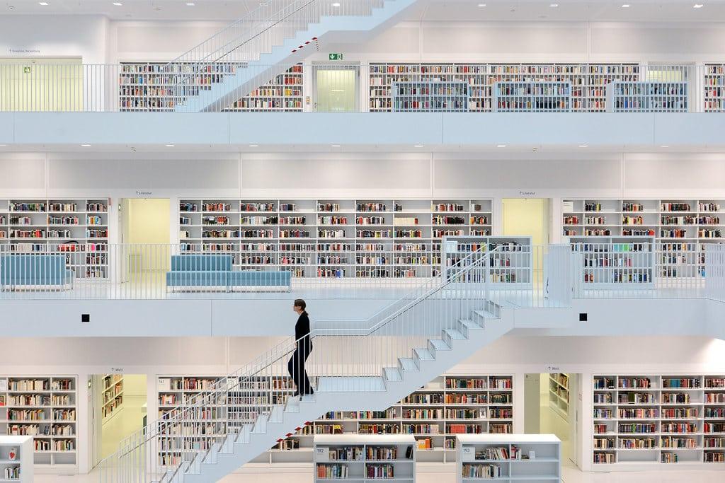 Stadsbibliotheek am Mailänder Platz - Stuttgart, Duitsland