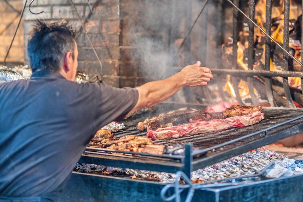 Heerlijke vleesgerechten vind je in de Mercado del Puerto