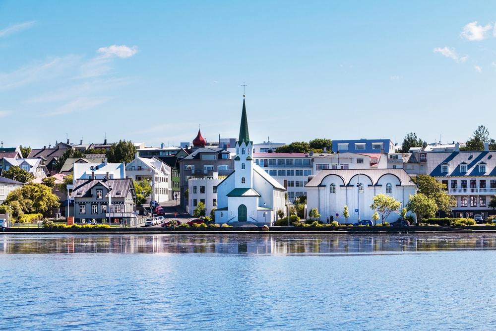 Bezoek de kleine stad Reykjavik