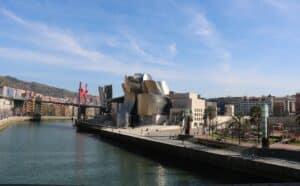 Een van de drie Guggenheims