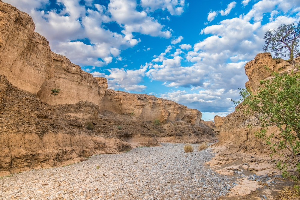 Wandel door de Sesriem Canyon