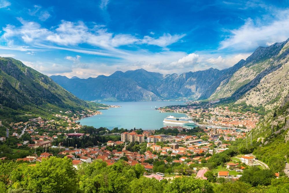 Uitzicht over de stad Kotor