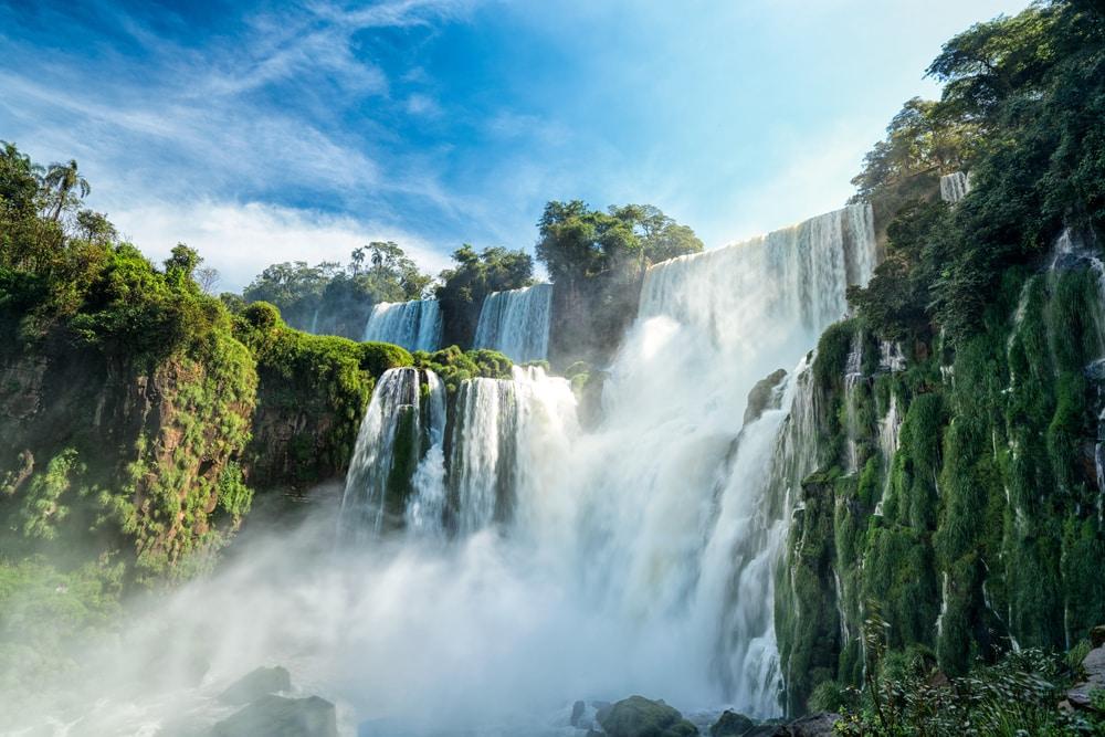 Bezoek de watervallen op de grens van Argentinie en Brazilie
