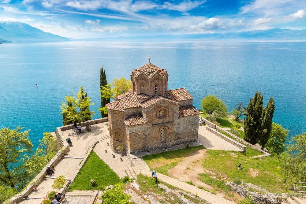 De Jovan Kaneo kerk aan het Meer van Ohrid