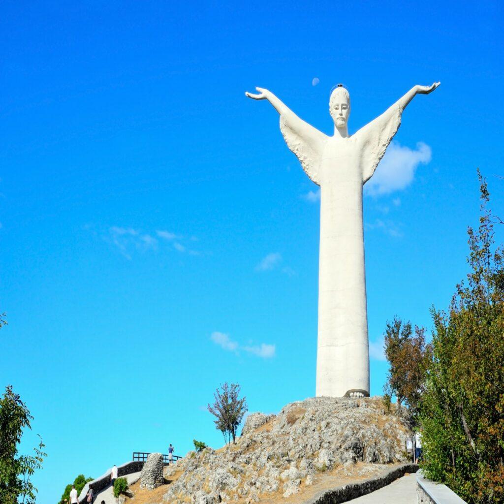 Het beroemde Christusbeeld in Maratea