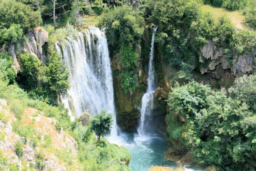 Manojlovac slap waterval in Kroatië